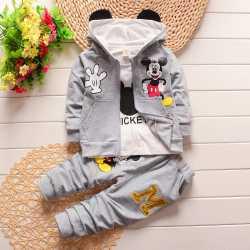 27e050a0fad11 2016 hiver enfants vêtements set enfants de Bande Dessinée de Mickey  T-shirt à capuche manteau + pantalon 3 pcs costume bébé garçon coton ...