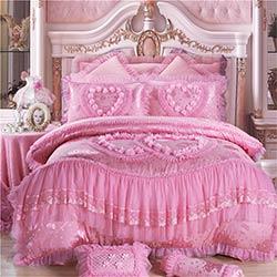 pcs oriental dentelle rouge rose de luxe ensemble de literie reine king size de mariage lit de. Black Bedroom Furniture Sets. Home Design Ideas