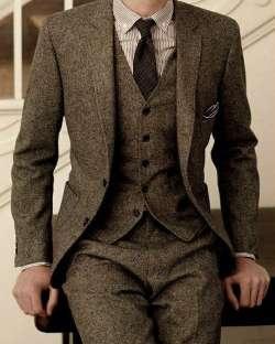 Dernières Manteau Pantalon Designs Marque Brun Tweed Costume Hommes  Ensemble Mince Fit Personnalisé De Mariage Costumes pour Hommes Veste  Pantalon 3 Pièce ... 3a25bd2a545