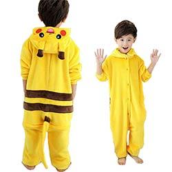 7ae87d6ac1b8a Enfants mignons de Bande Dessinée Pyjamas Pikachu À Manches Longues Bébé  Filles Garçons Vêtements Pokemon chemise de Nuit Pyjamas Enfants Mignons  Pyjamas ...