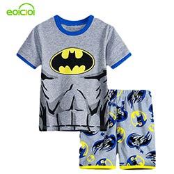 4f23658b0038f Garçon filles pyjamas 2016 Nouveau coton d'été enfants vêtements filles  ensemble à manches courtes vêtements ensembles Batman spiderman Iron Man  Court ...
