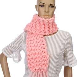 Nouveau La Version Coréenne De Mode Laine À Tricoter Écharpe Femme Shag  Ligne Chaud D hiver Foulards Tricot À La Main Personnalisé 130 15 cm dbfe490fbf2
