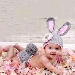 Nouveau-né main bébé accessoires de photographie tricoté crochet chapeau  lapin chapeau de laine bébé vêtements belle bébé accessoires photo 54bd3575664